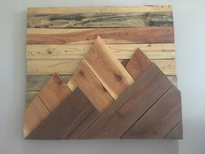 pallet wood mountains